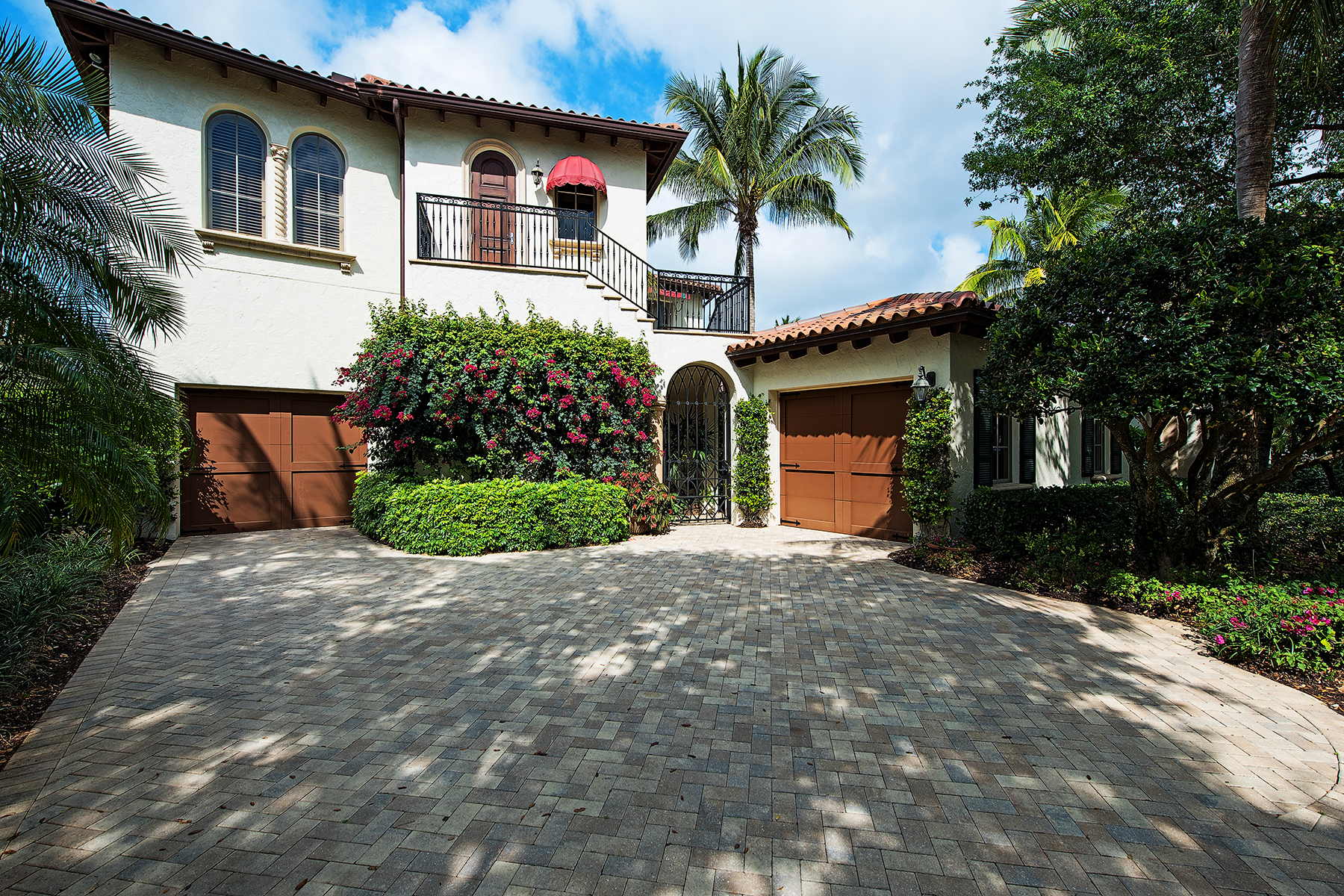 Single Family Home for Sale at GREY OAKS - ESTUARY AT GREY OAKS 1347 Noble Heron Way Estuary At Grey Oaks, Naples, Florida 34105 United States