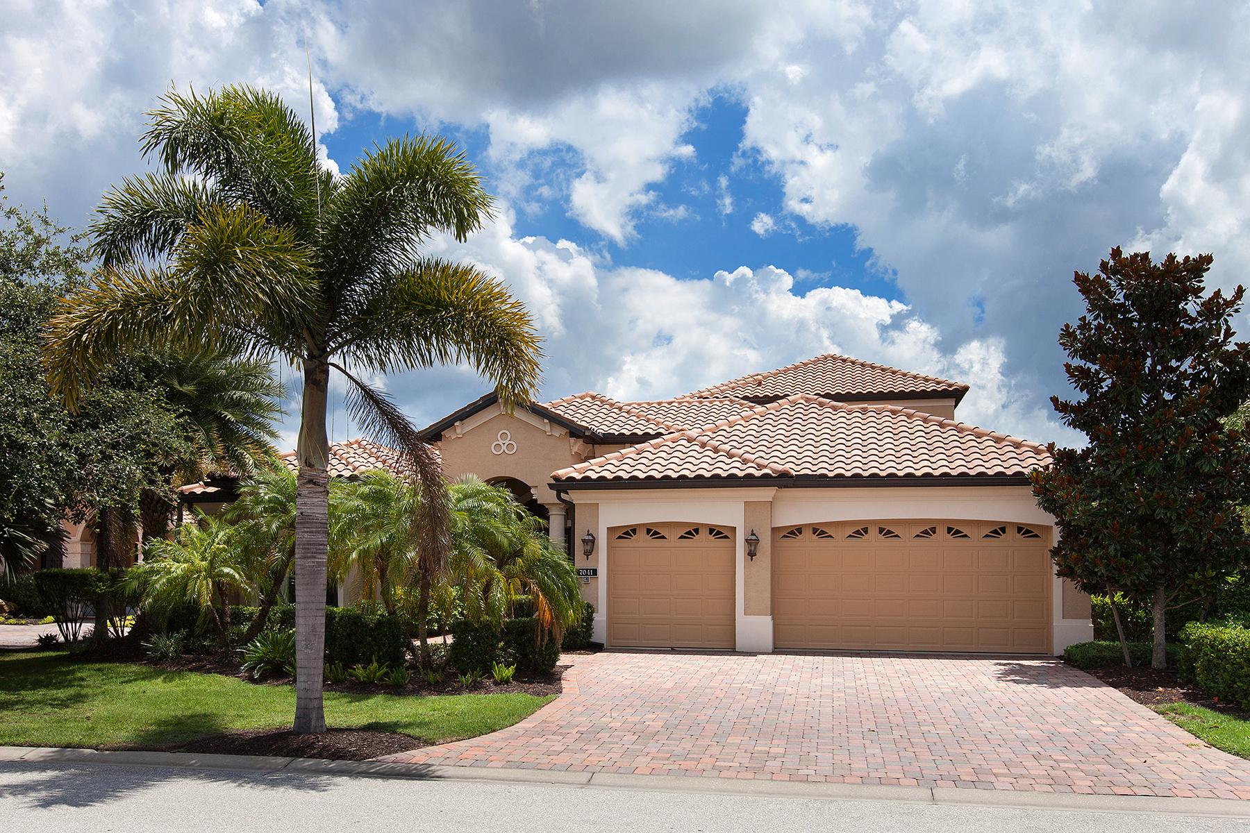 Maison unifamiliale pour l Vente à LAKEWOOD RANCH COUNTRY CLUB-BRIER CREEK 7041 Brier Creek Ct Lakewood Ranch, Florida 34202 États-Unis