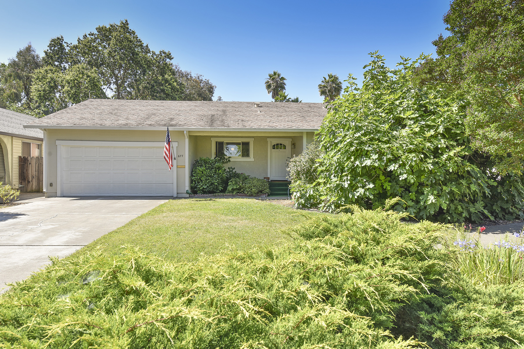 Nhà ở một gia đình vì Bán tại 677 Rio Vista Dr, Napa, CA 94558 677 Rio Vista Dr Napa, California, 94558 Hoa Kỳ
