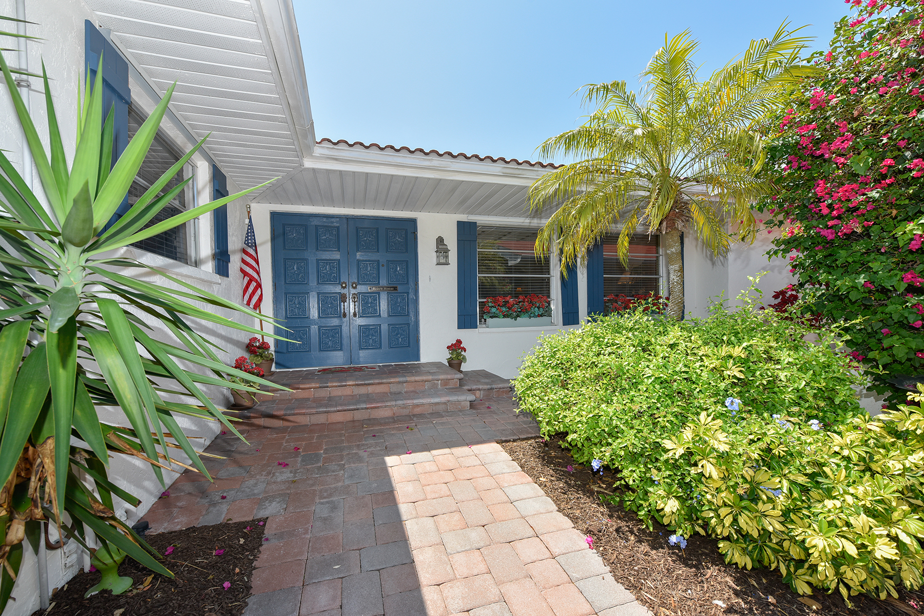 Single Family Home for Sale at VENICE ISLAND 313 The Esplanade S, Venice, Florida 34285 United States