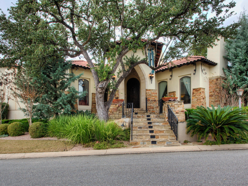 Single Family Home for Sale at Magnificent One-Story Home in The Dominion 7 Esquire The Dominion, San Antonio, Texas 78257 United States