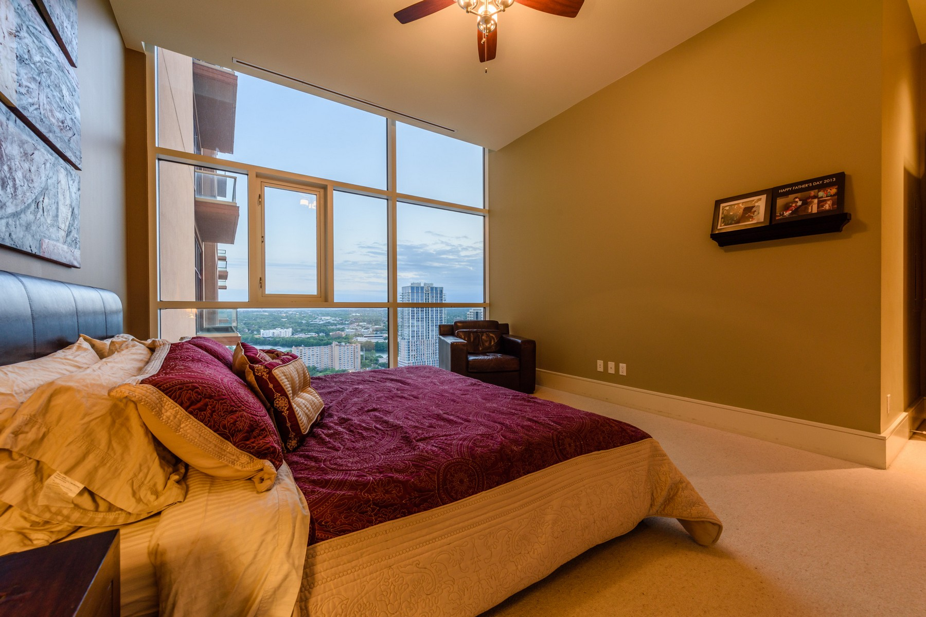 Additional photo for property listing at Highly sought after 5 Fifty Five 555 E 5th St 2706 Austin, Texas 78701 United States
