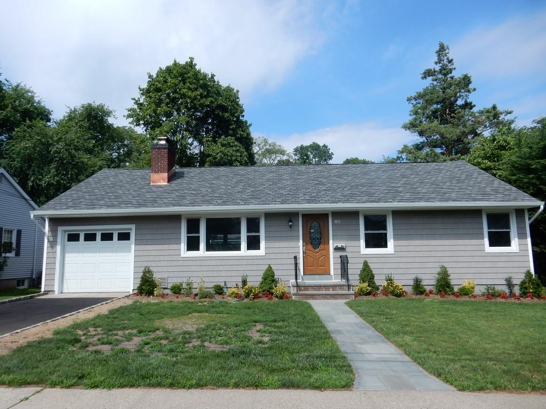 Einfamilienhaus für Verkauf beim Ranch 83 Highfield Ave Port Washington, New York, 11050 Vereinigte Staaten