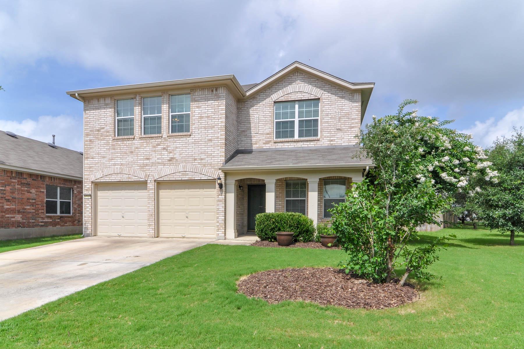 Single Family Home for Sale at Beautiful Home in Alamo Ranch 4743 Thomas Rusk Alamo Ranch, San Antonio, Texas 78253 United States