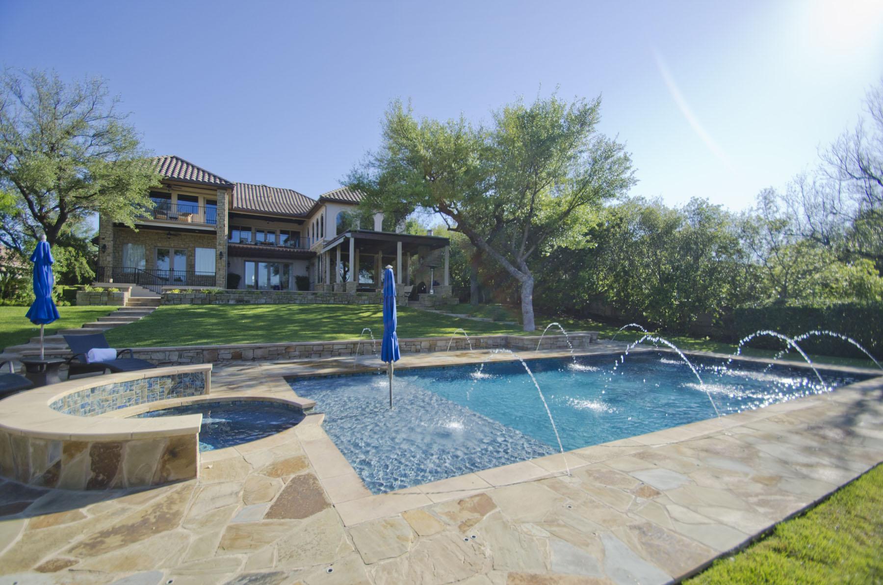 Vivienda unifamiliar por un Venta en Private Resort Style Living 105 Bella Cima Dr Austin, Texas 78734 Estados Unidos