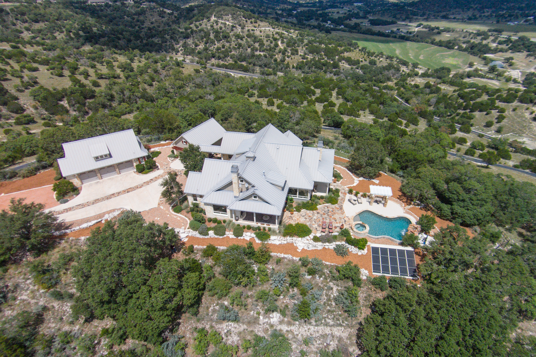 sales property at Panoramic Views From This Gorgeous Comfort Estate