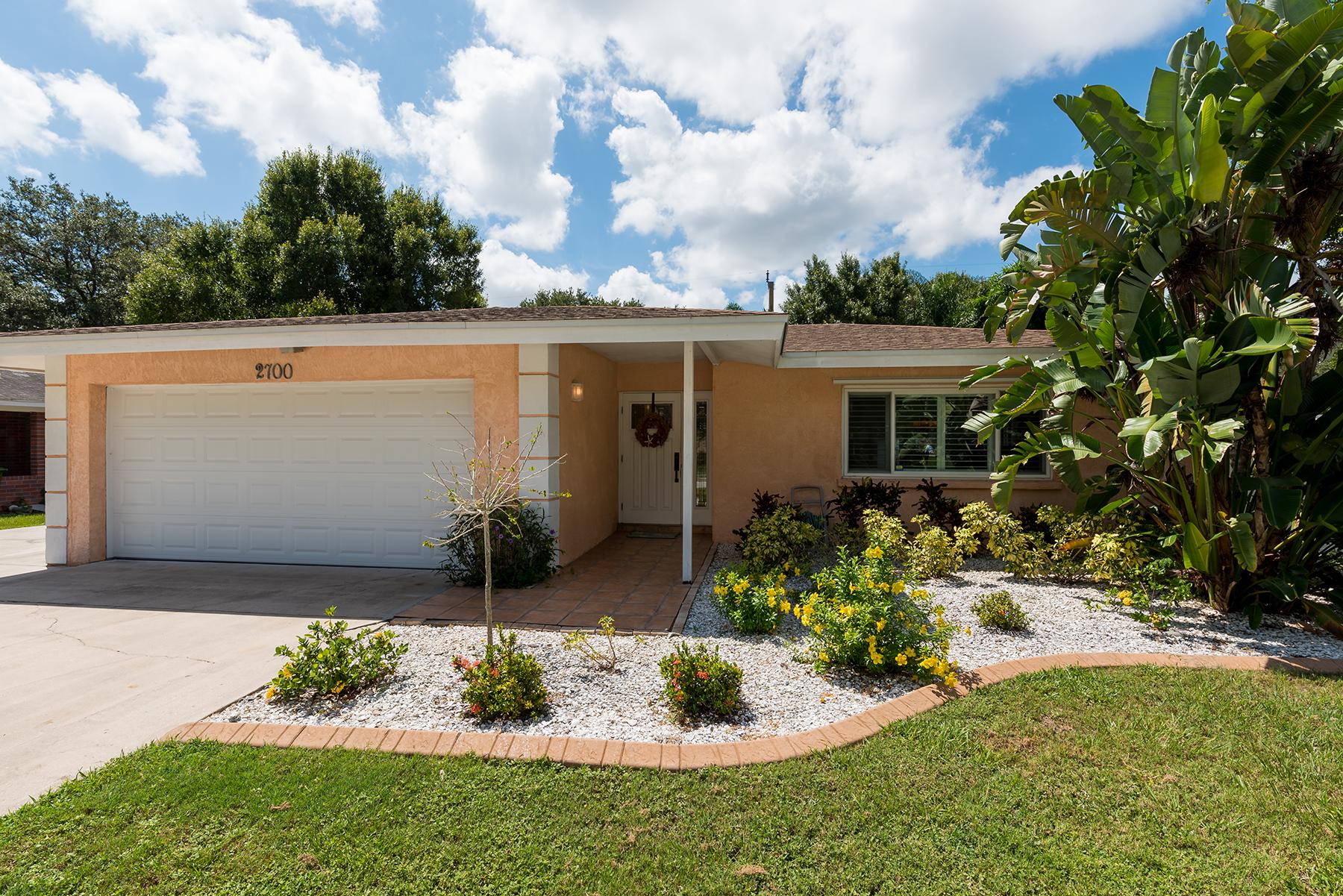 Maison unifamiliale pour l Vente à SARASOTA 2700 Prospect St Sarasota, Florida, 34239 États-Unis