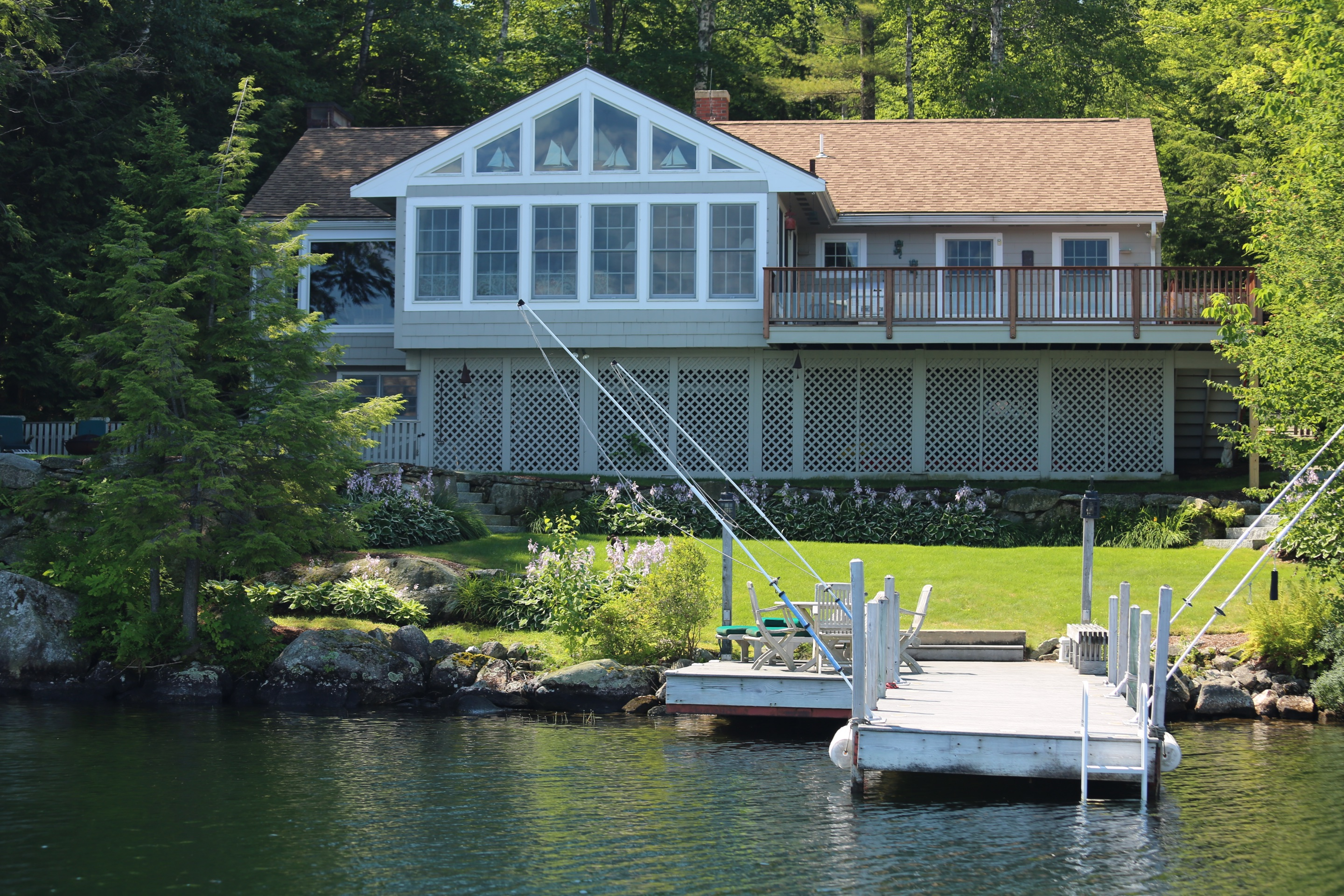 Single Family Home for Sale at 196 Garnet Hill Road, Sunapee 196 Garnet Hill Rd Sunapee, New Hampshire, 03782 United States