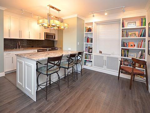 Apartamento para Venda às Co-Op 61-15 97th St 10 10A Rego Park, Nova York, 11374 Estados Unidos