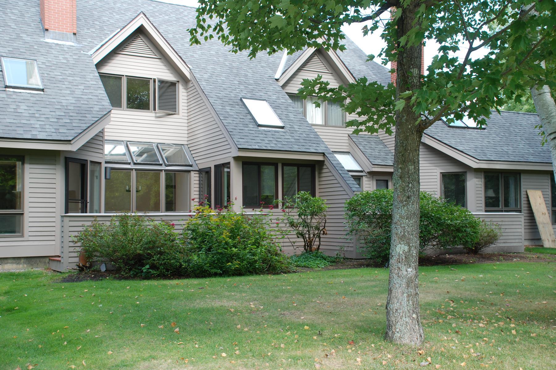 Condominio por un Venta en 32 The Seasons, New London New London, Nueva Hampshire 03257 Estados Unidos