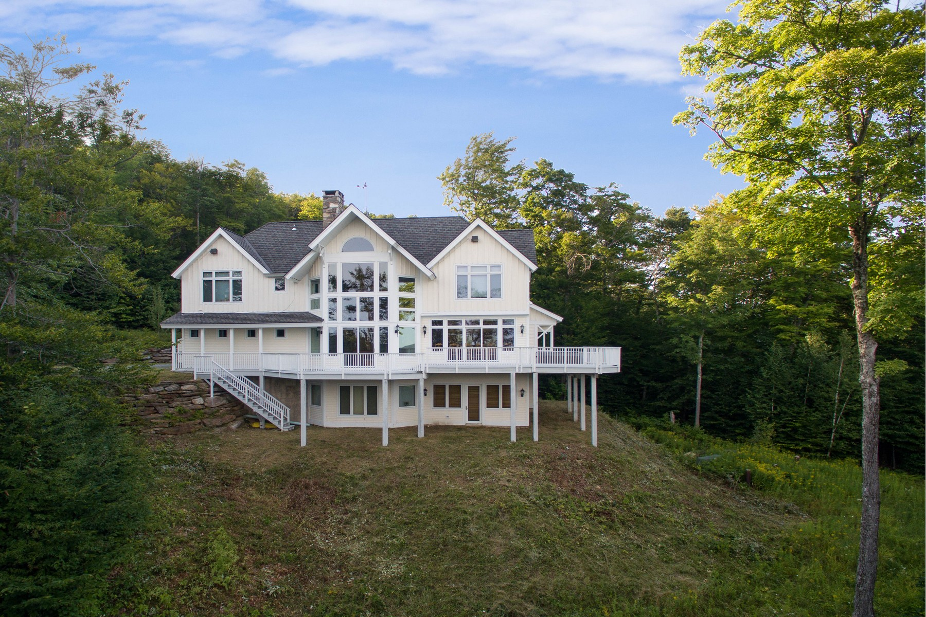 Single Family Home for Sale at Slopeside on Solitude 173 Moon Shadow Dr Ludlow, Vermont, 05149 United States