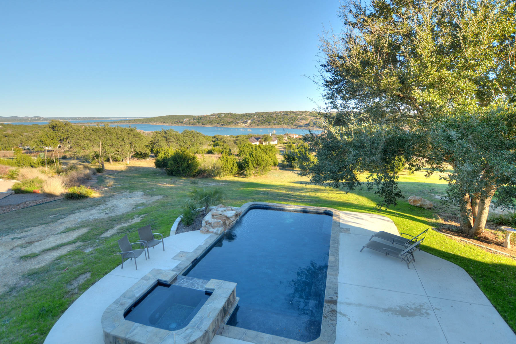 Additional photo for property listing at 1.02+- Acres Overlooking Canyon Lake 255 San Salvadore Canyon Lake, Texas 78133 United States