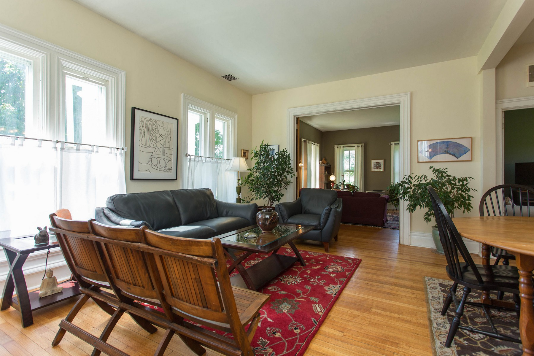 Additional photo for property listing at Stately Country Victorian 21  Filmore La Cambridge, Нью-Йорк 12816 Соединенные Штаты