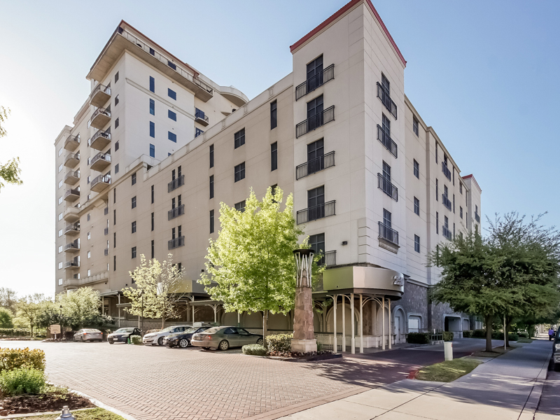 Condominium for Sale at Elegant Living on the S.A. River Walk 230 Dwyer Ave 203 San Antonio, Texas 78204 United States
