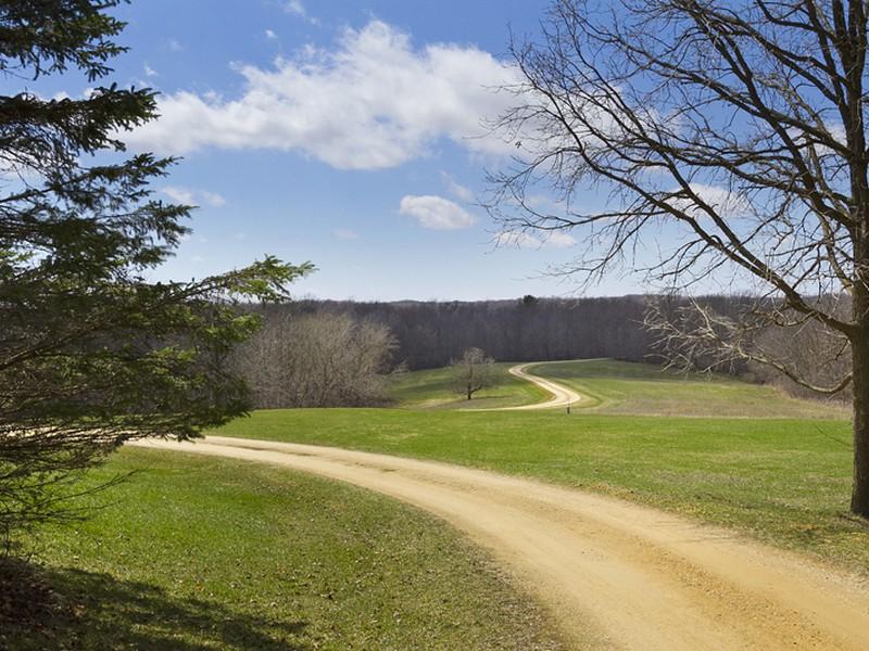 獨棟家庭住宅 為 出售 在 150 Dugan Rd , Spring Valley, WI 54767 Spring Valley, 威斯康辛州 54767 美國