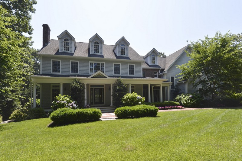 Single Family Home for Sale at Colonial 115 Mount Grey Rd Old Field, New York, 11733 United States