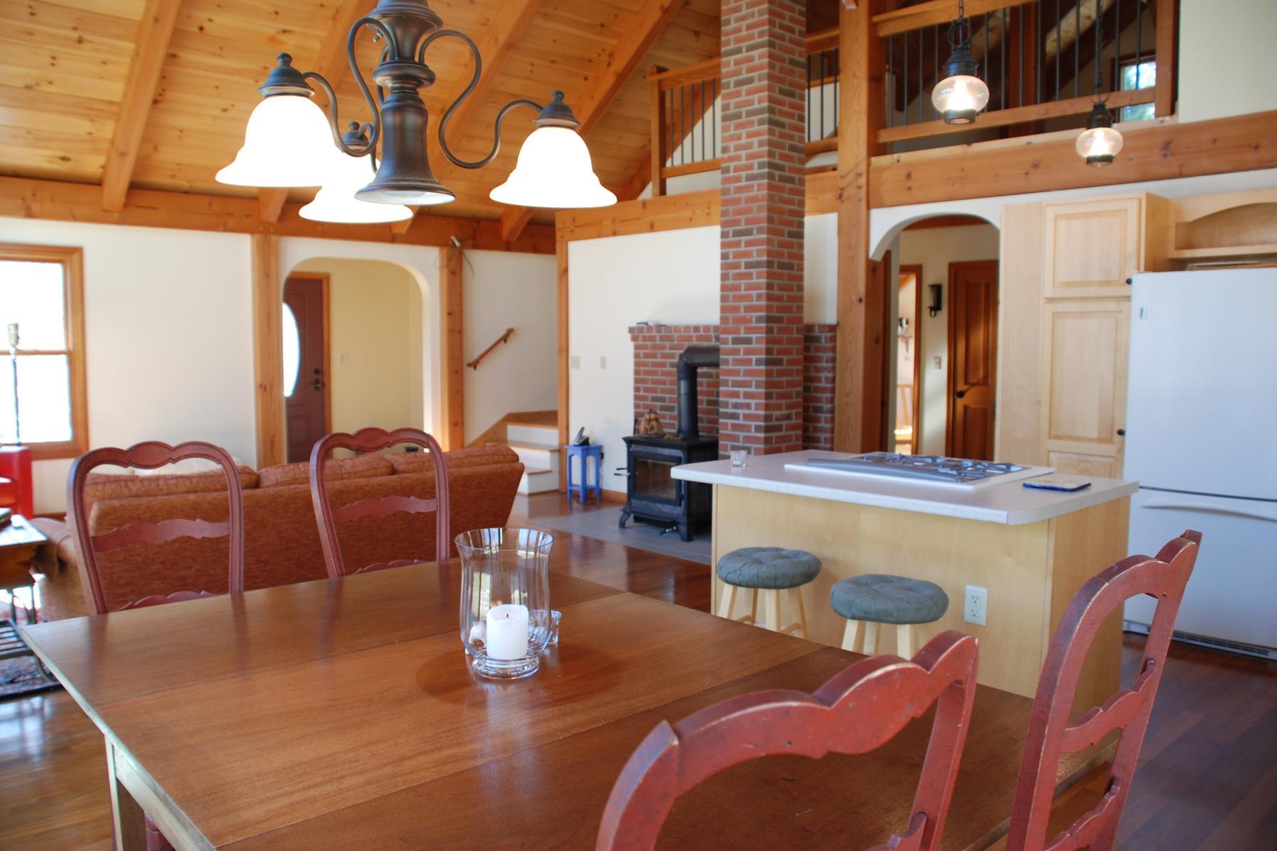 Maison unifamiliale pour l Vente à 48 Gore Road, Warner 48 Gore Rd Warner, New Hampshire, 03278 États-Unis