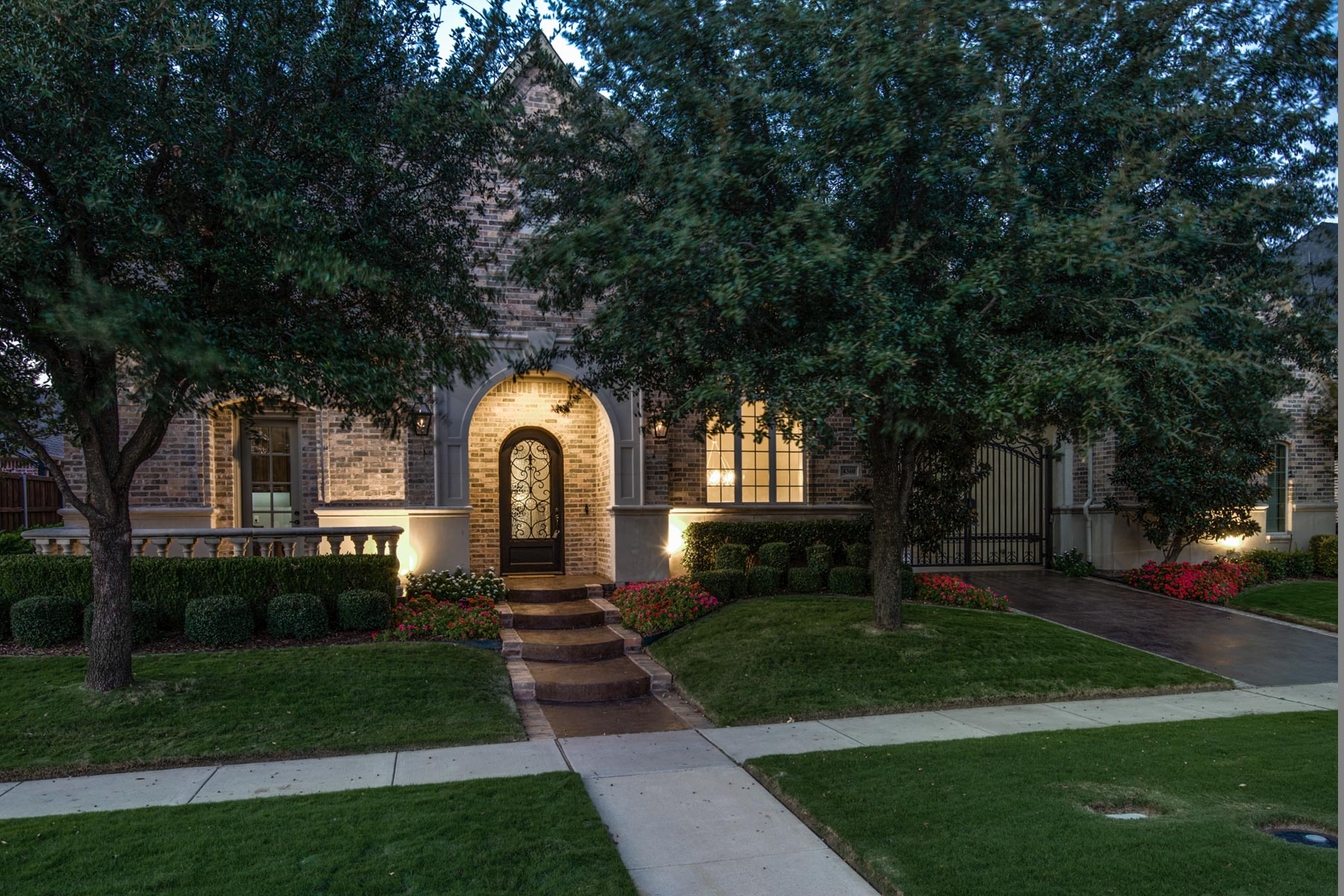 sales property at 4360 Forest Park Lane, Frisco