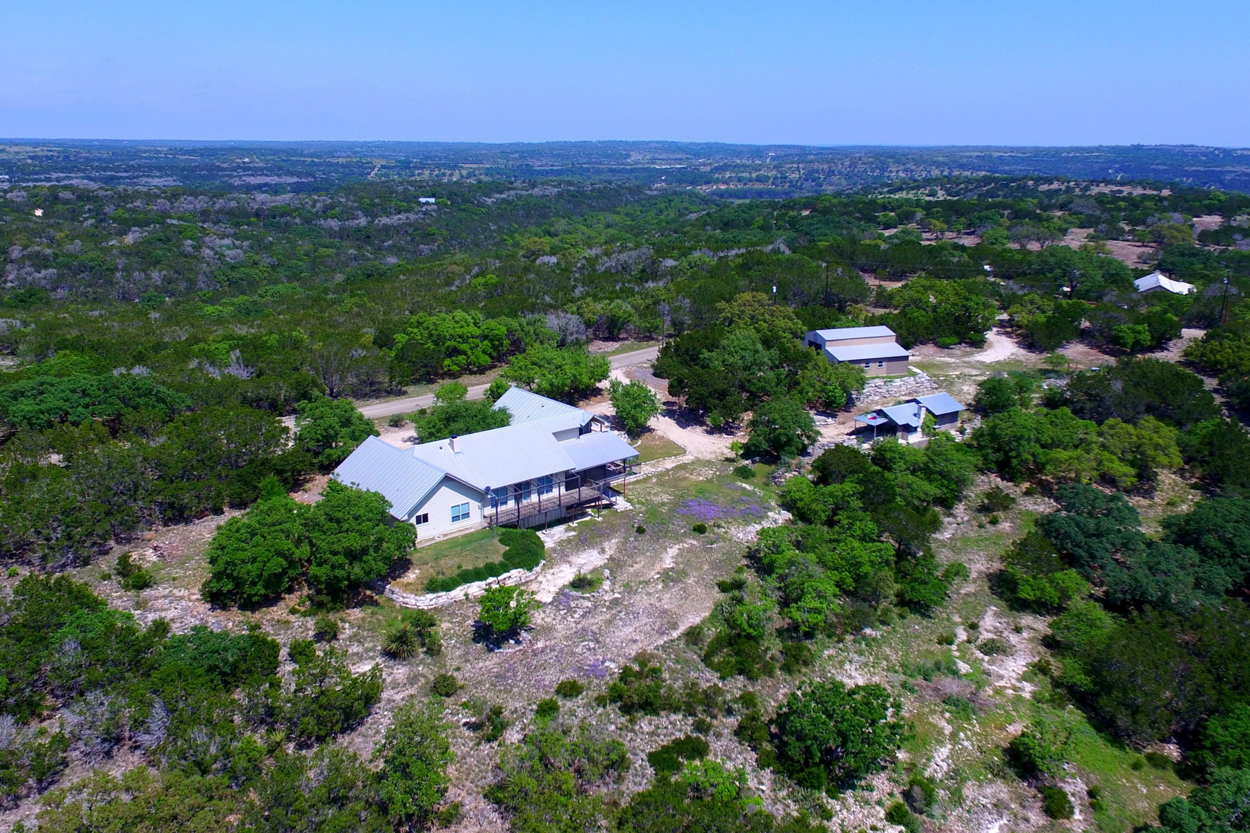 Additional photo for property listing at Upscale Hill Country Home 325 Japonica Rd Hunt, Texas 78024 United States