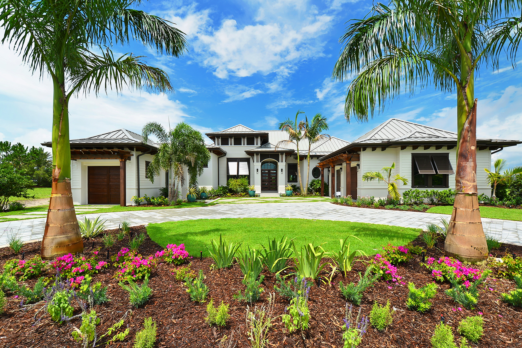 Single Family Home for Sale at THE LAKE CLUB 7926 Staysail Ct Lakewood Ranch, Florida, 34202 United States