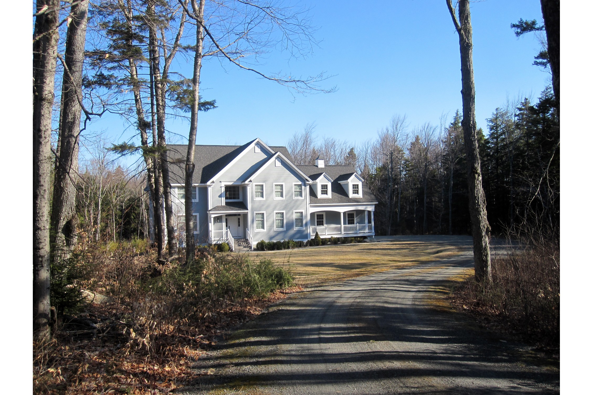 Single Family Home for Sale at Inviting Stratton Home 152 Willis Cemetery Rd Stratton, Vermont, 05360 United States
