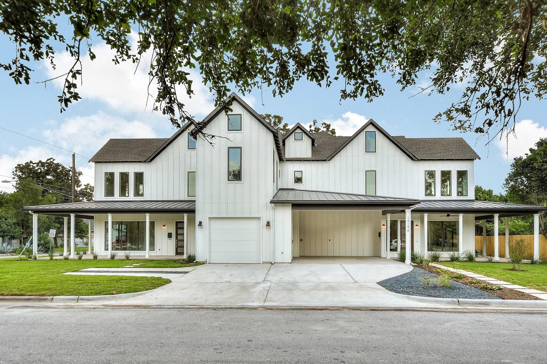 Condominio por un Venta en Beautiful New Construction in Crestview 1919 Madison Ave A Austin, Texas 78757 Estados Unidos