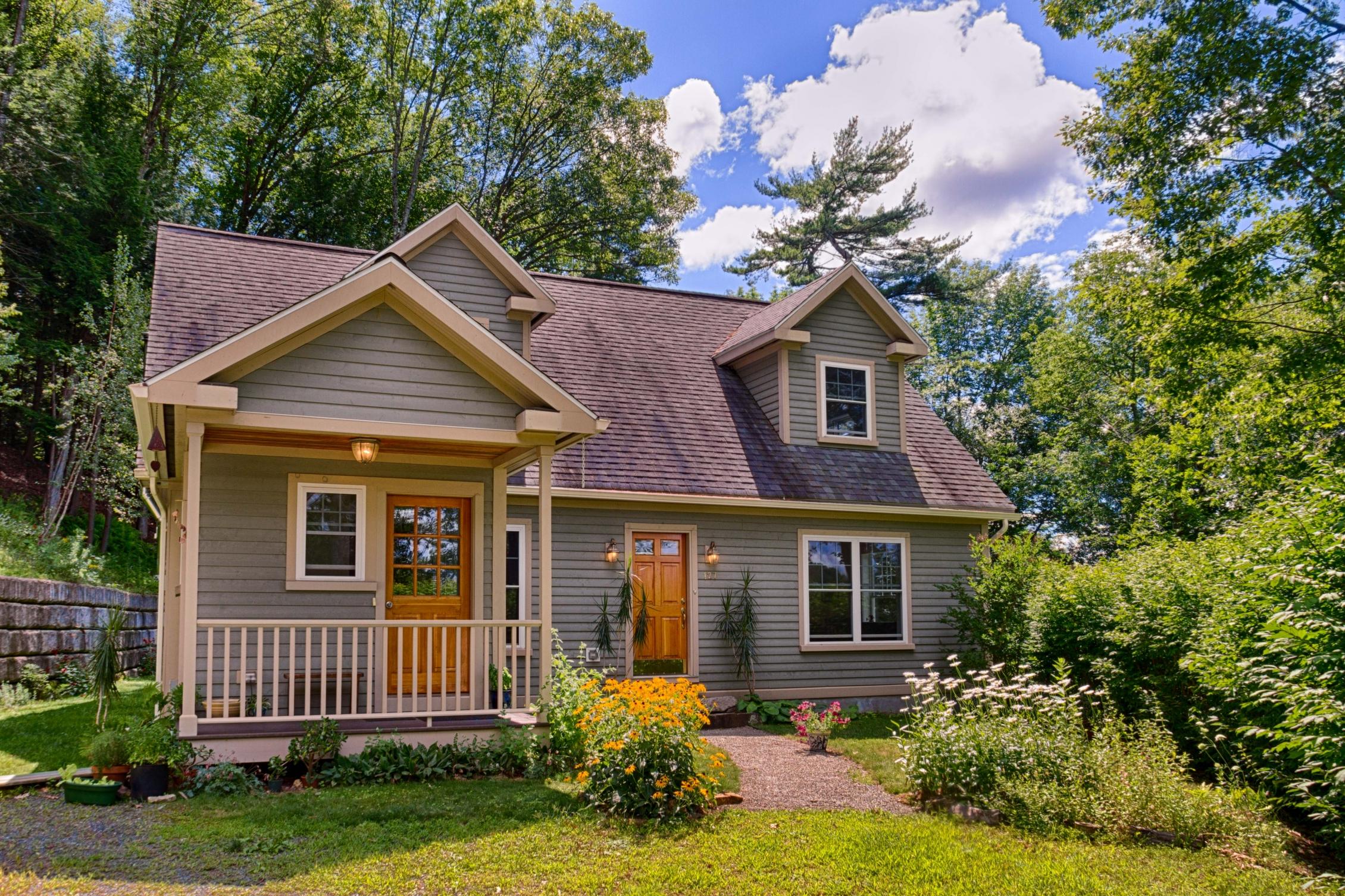 Maison unifamiliale pour l Vente à 127 Lyme Rd, Hanover Hanover, New Hampshire, 03755 États-Unis