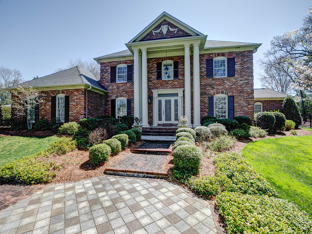 Single Family Home for Sale at MONTIBELLO 4610 Carmel Valley Rd Charlotte, North Carolina, 28226 United States