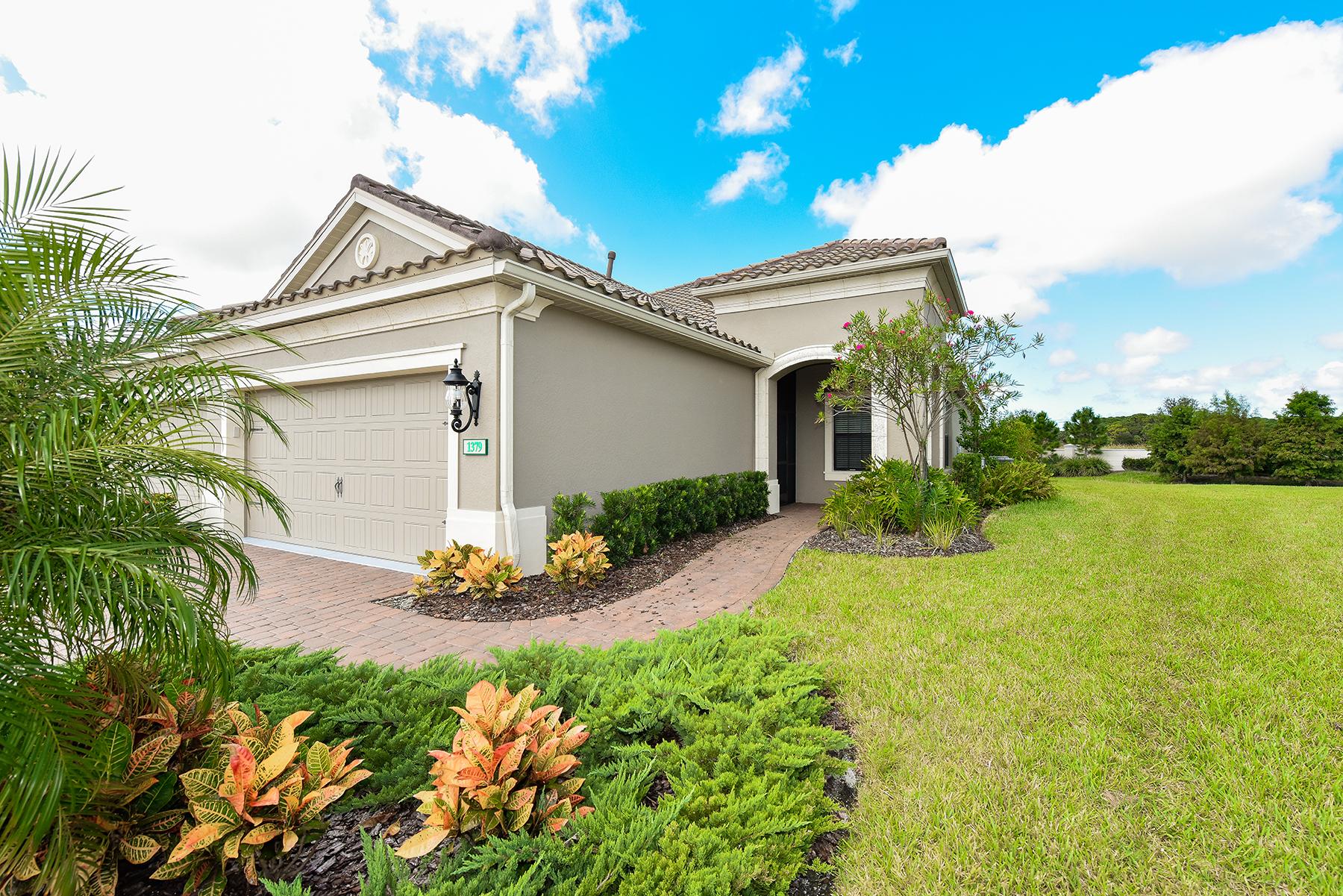 Nhà phố vì Bán tại BOCA ROYALE 1379 Backspin Dr Englewood, Florida, 34223 Hoa Kỳ