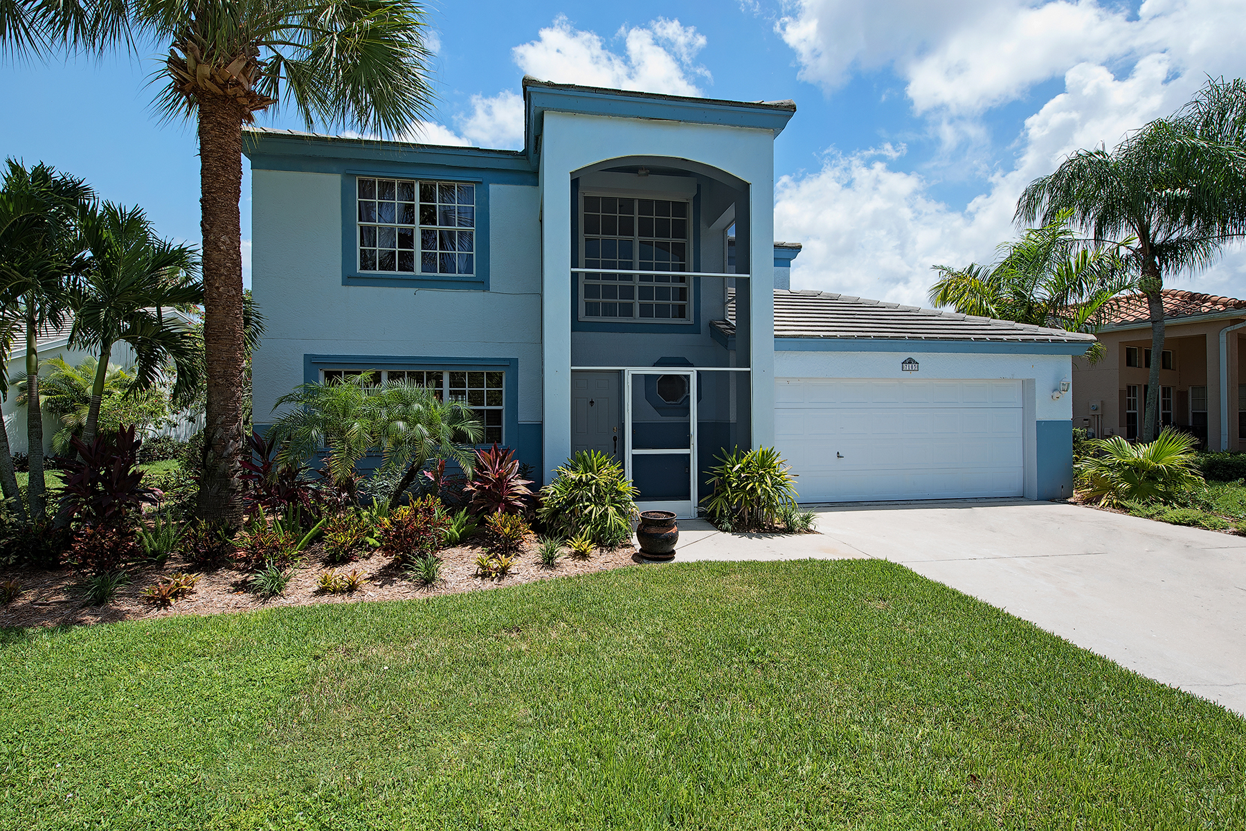 Single Family Home for Sale at 7103 Mill Pond Cir , Naples, FL 34109 7103 Mill Pond Cir Naples, Florida 34109 United States
