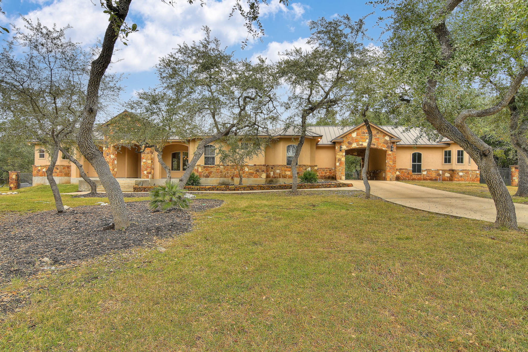 Single Family Home for Sale at Stunning Tuscan Masterpiece in Rockwall Ranch 10107 Steinig Link New Braunfels, Texas 78132 United States