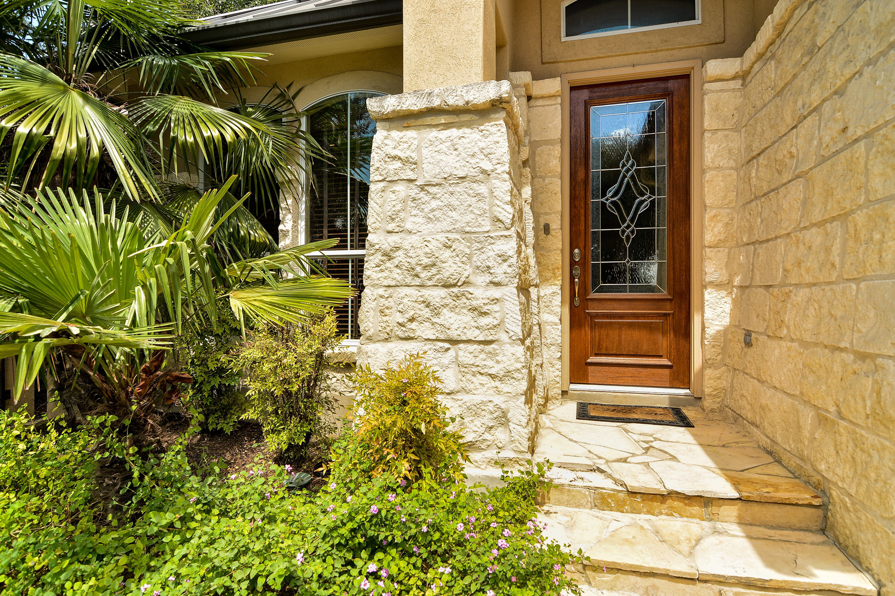 Additional photo for property listing at Gorgeous Gem in The Dominion 8 Worthsham Dr San Antonio, Texas 78257 United States