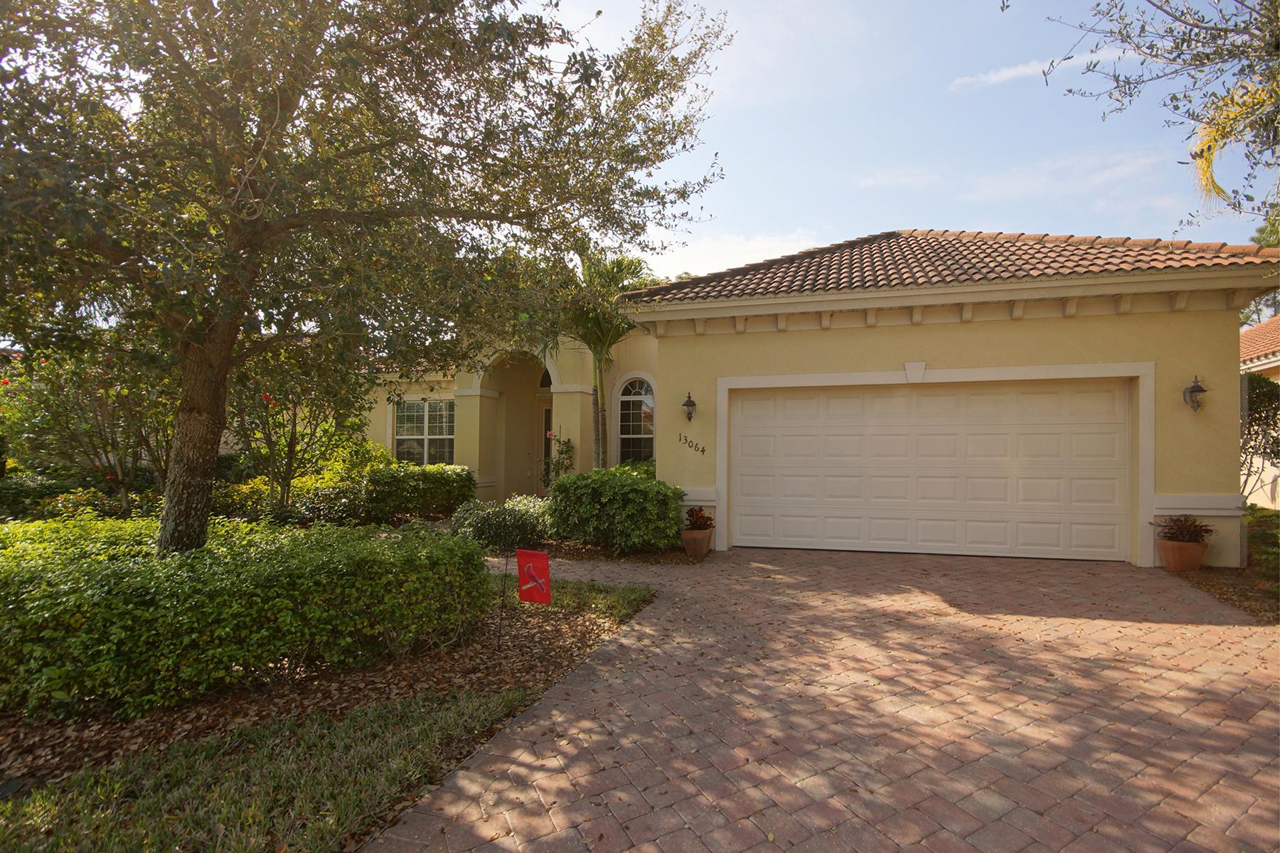 Maison unifamiliale pour l Vente à SOMERSET - THE PLANTATION 13064 Milford Pl Fort Myers, Florida 33913 États-Unis