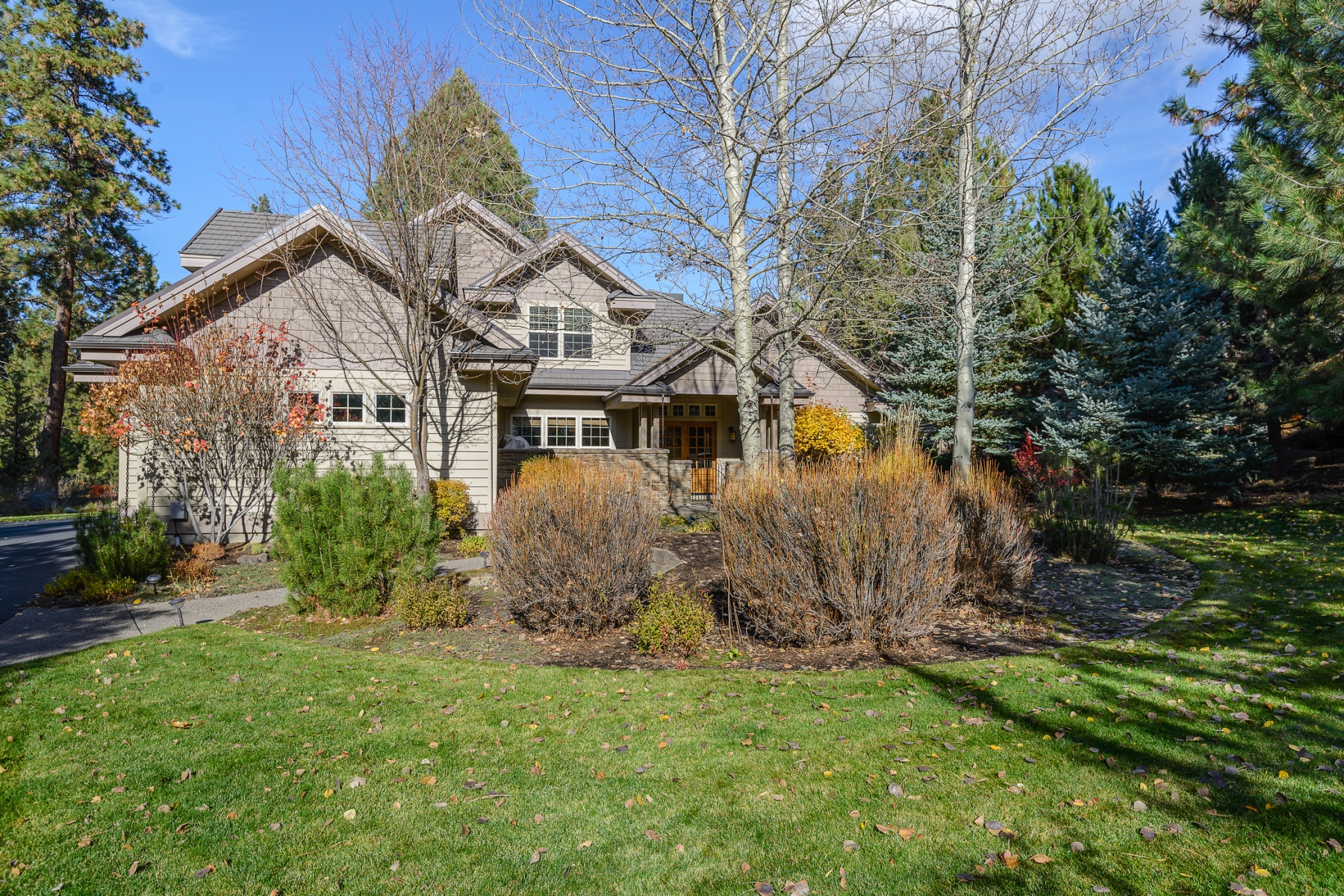 sales property at 19440 Tam Lake Court, BEND