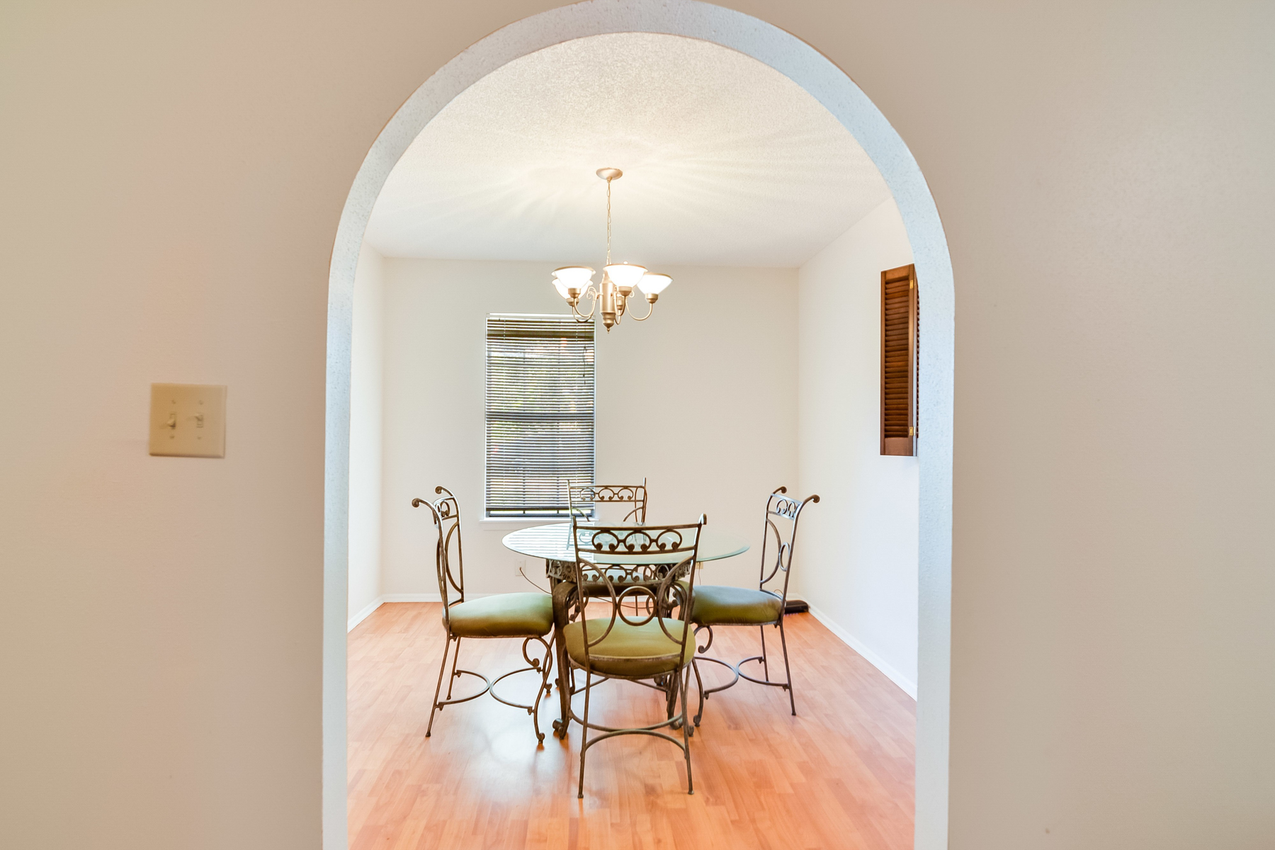 Additional photo for property listing at Investment Opportunity in Sierra North 4707 Casa Manana St San Antonio, Texas 78233 Estados Unidos