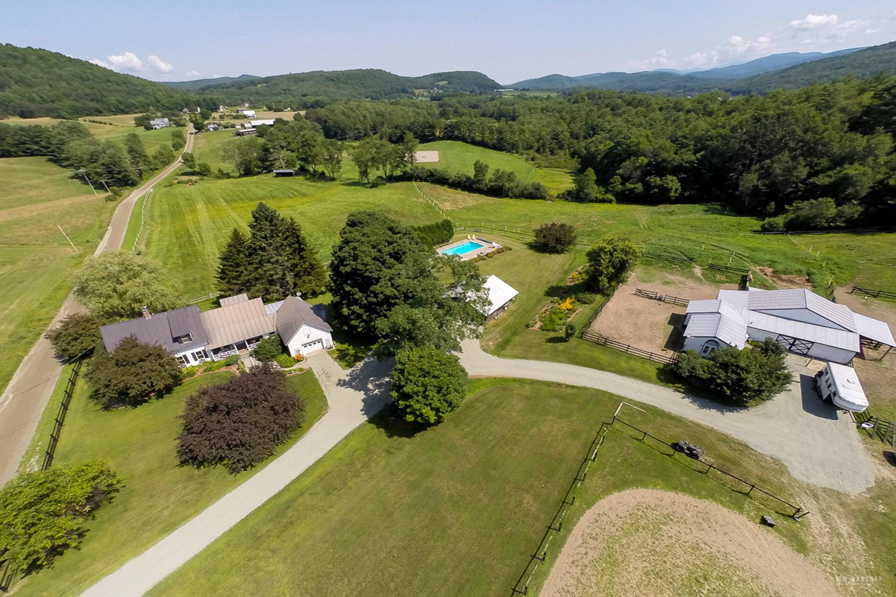 獨棟家庭住宅 為 出售 在 Pine Crest Farm 1013 Stevens Rd Thetford, 佛蒙特州 05043 美國