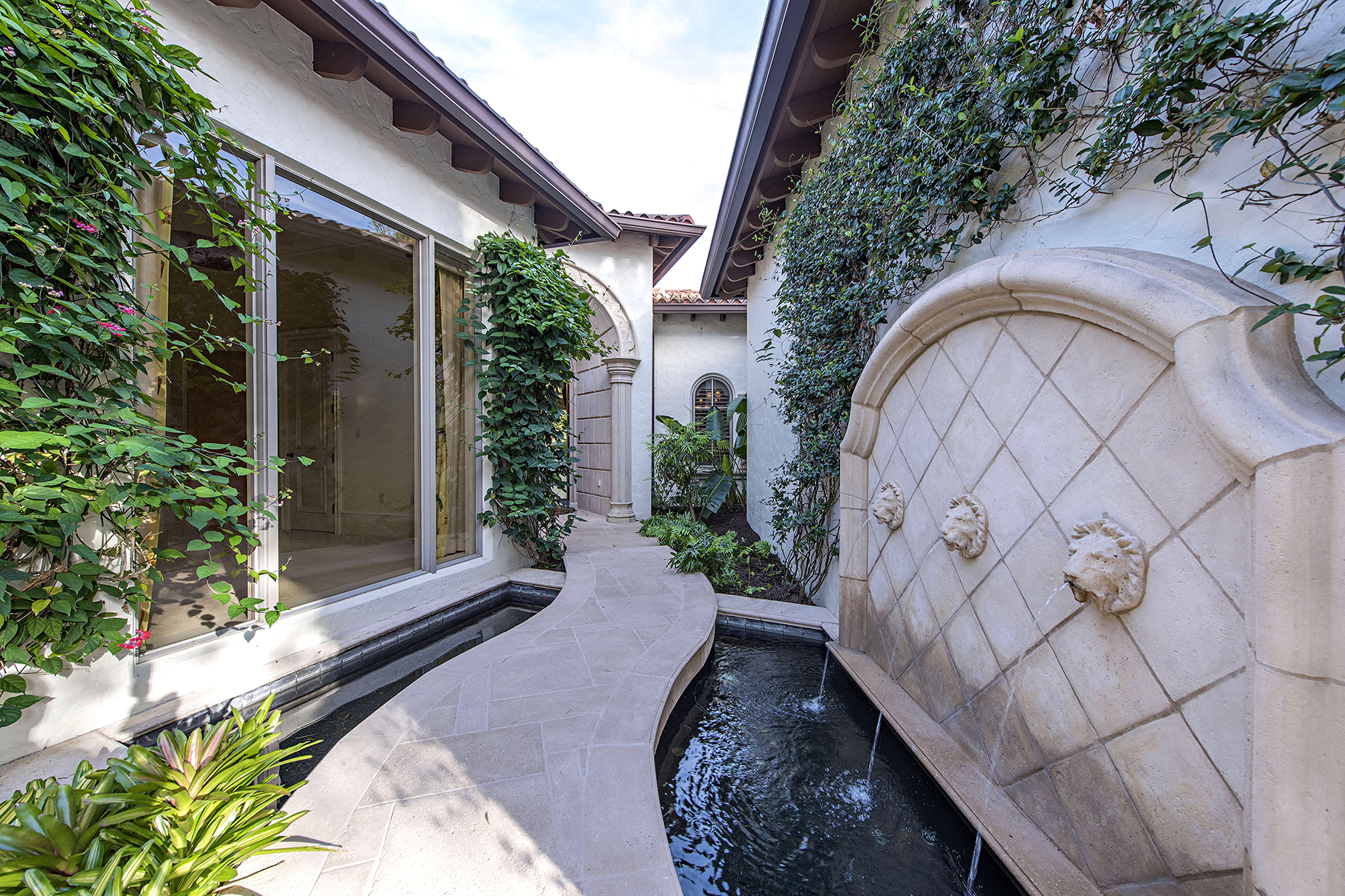 独户住宅 为 销售 在 Estuary at Grey Oaks 1302 Noble Heron Way 那不勒斯, 佛罗里达州, 34105 美国