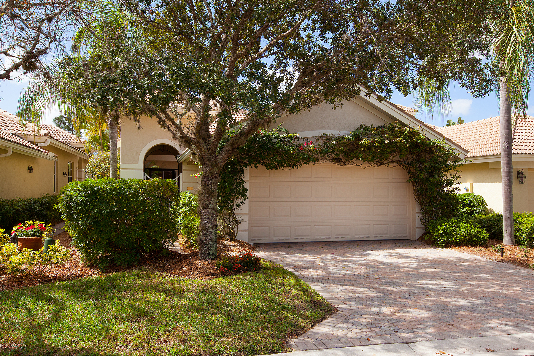 Single Family Home for Sale at FIDDLER'S CREEK - COTTON GREEN 3836 Cotton Green Path Dr Naples, Florida 34114 United States