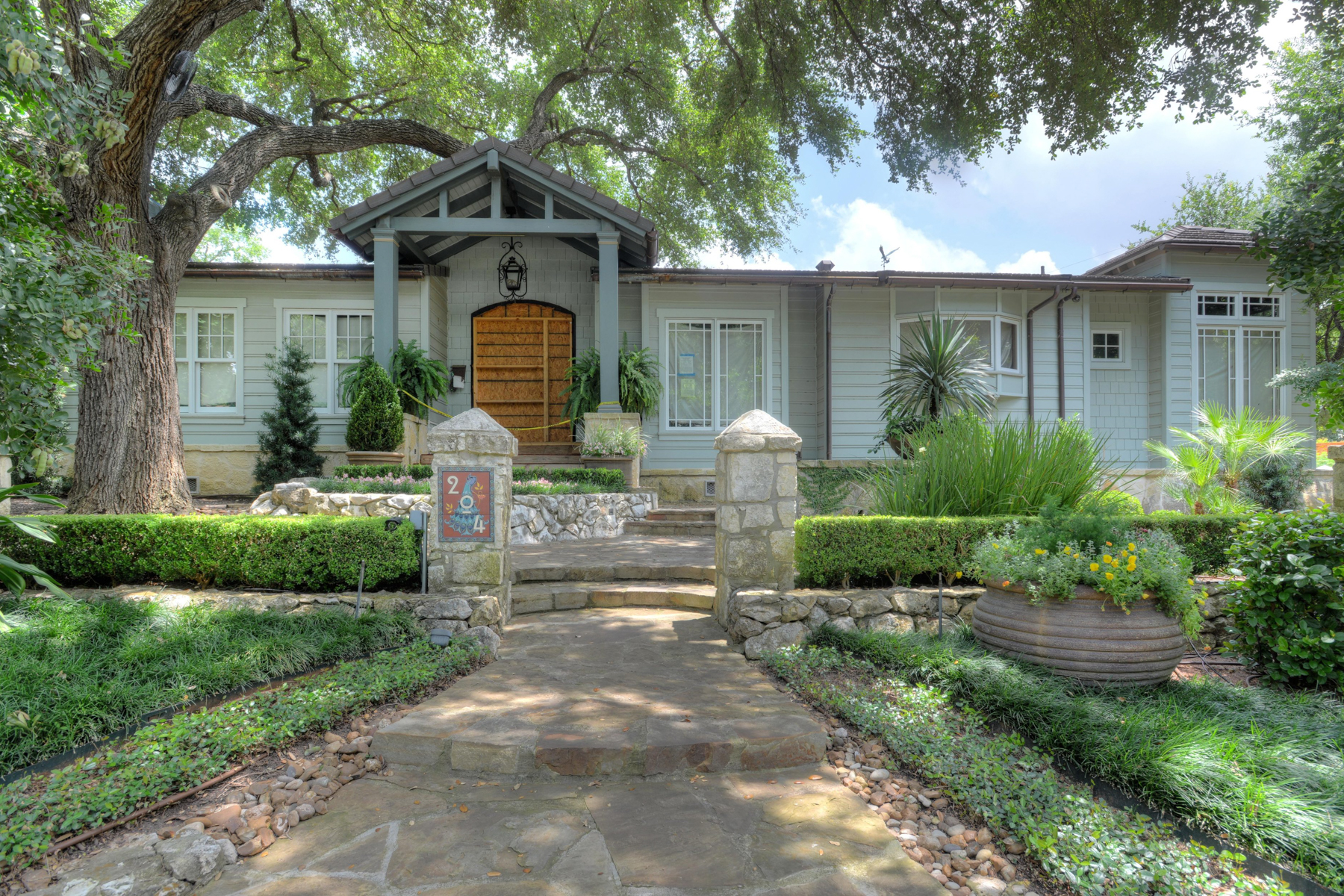 sales property at Unique Opportunity in Alamo Heights
