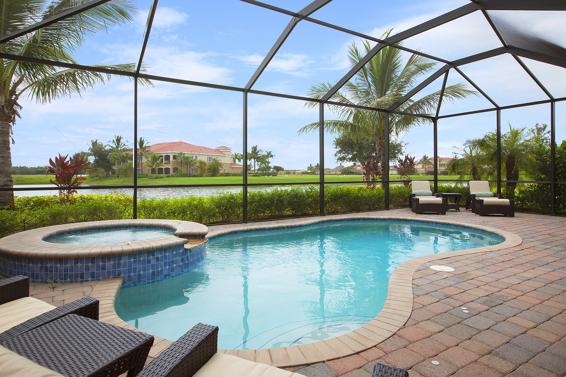 Single Family Home for Sale at FIDDLER'S CREEK - AMADOR 9189 Campanile Cir Naples, Florida, 34114 United States