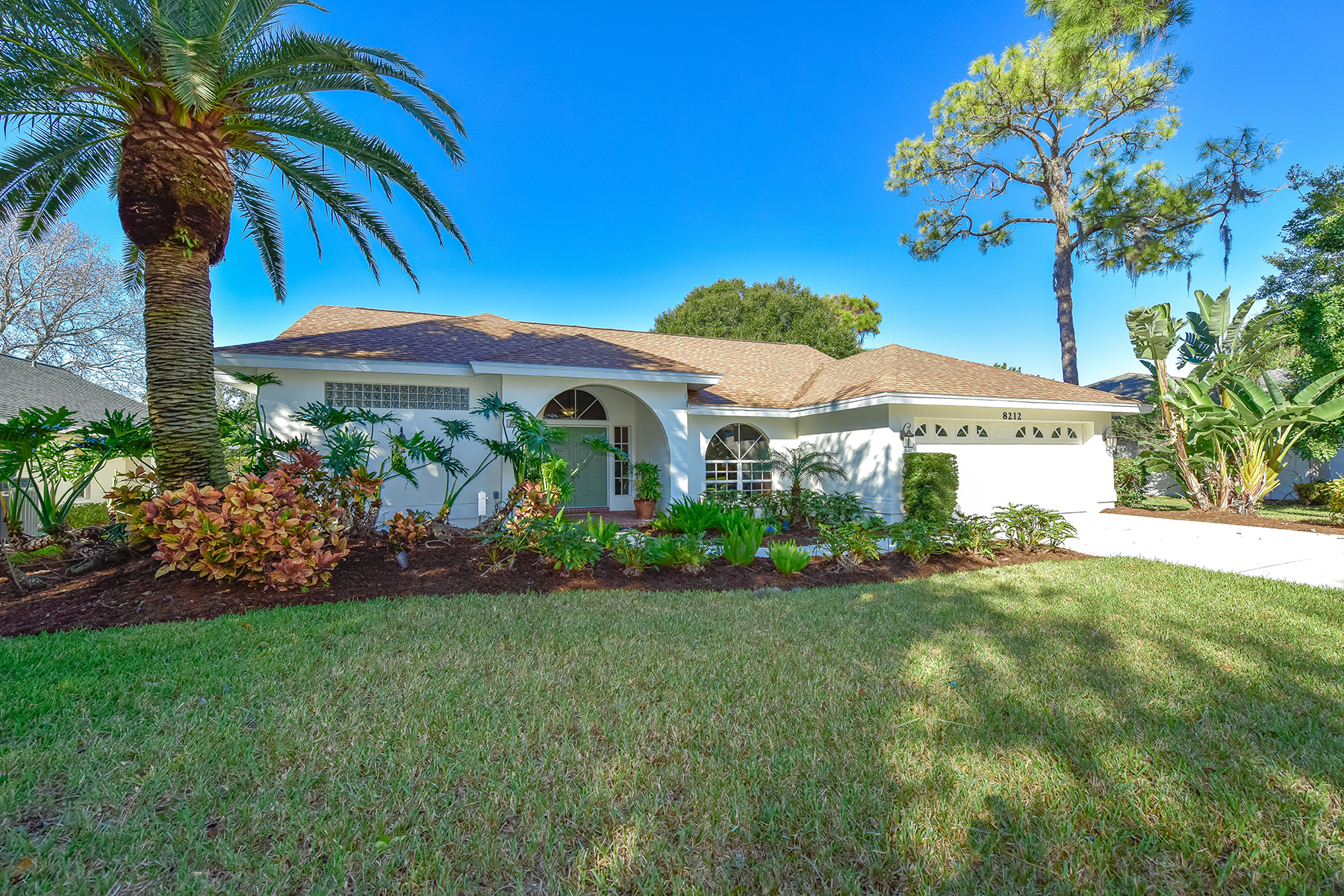 Vivienda unifamiliar por un Venta en DEER CREEK 8212 Shadow Pine Way Sarasota, Florida, 34238 Estados Unidos