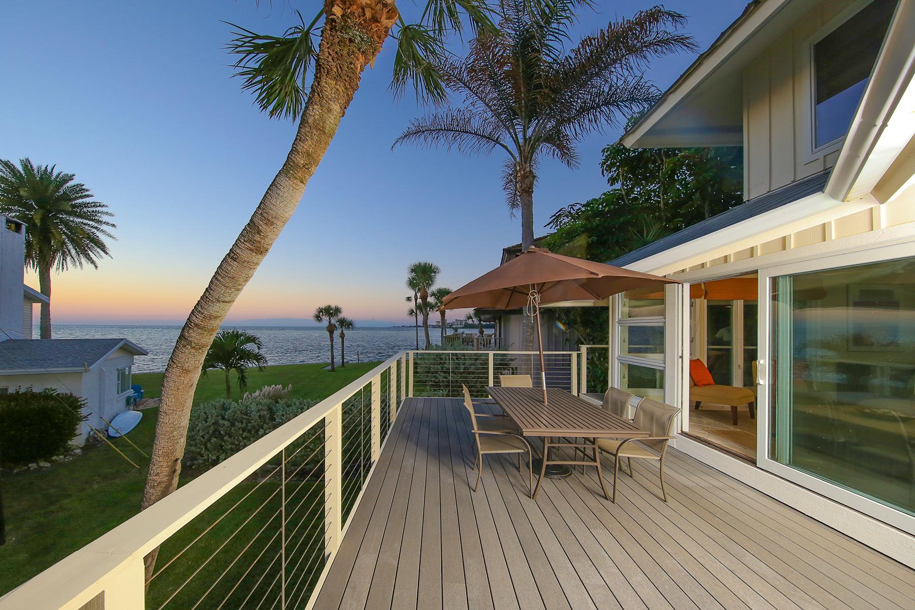 Einfamilienhaus für Verkauf beim SIESTA KEY 108 Sand Dollar Ln Sarasota, Florida 34242 Vereinigte Staaten