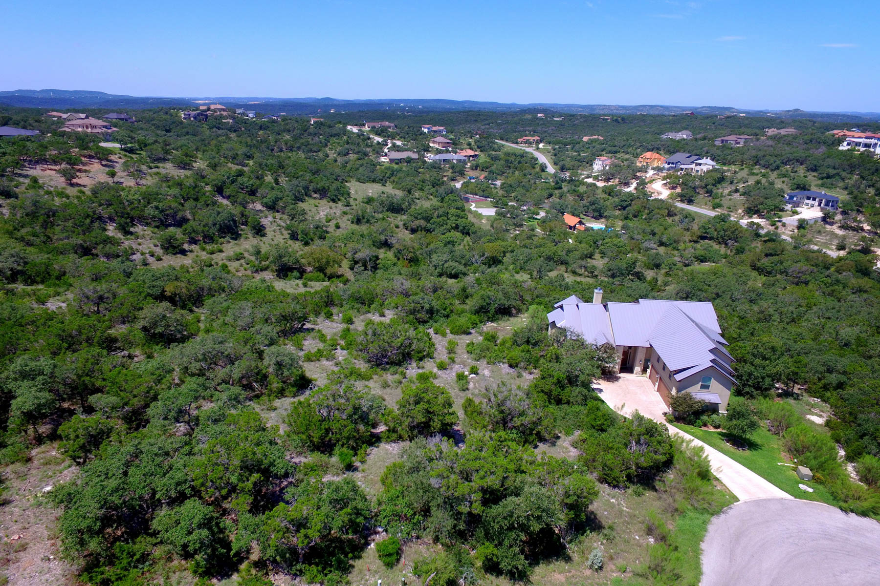 Additional photo for property listing at Luxury Country Living Close to the City 19415 Terra Stone San Antonio, Texas 78255 United States