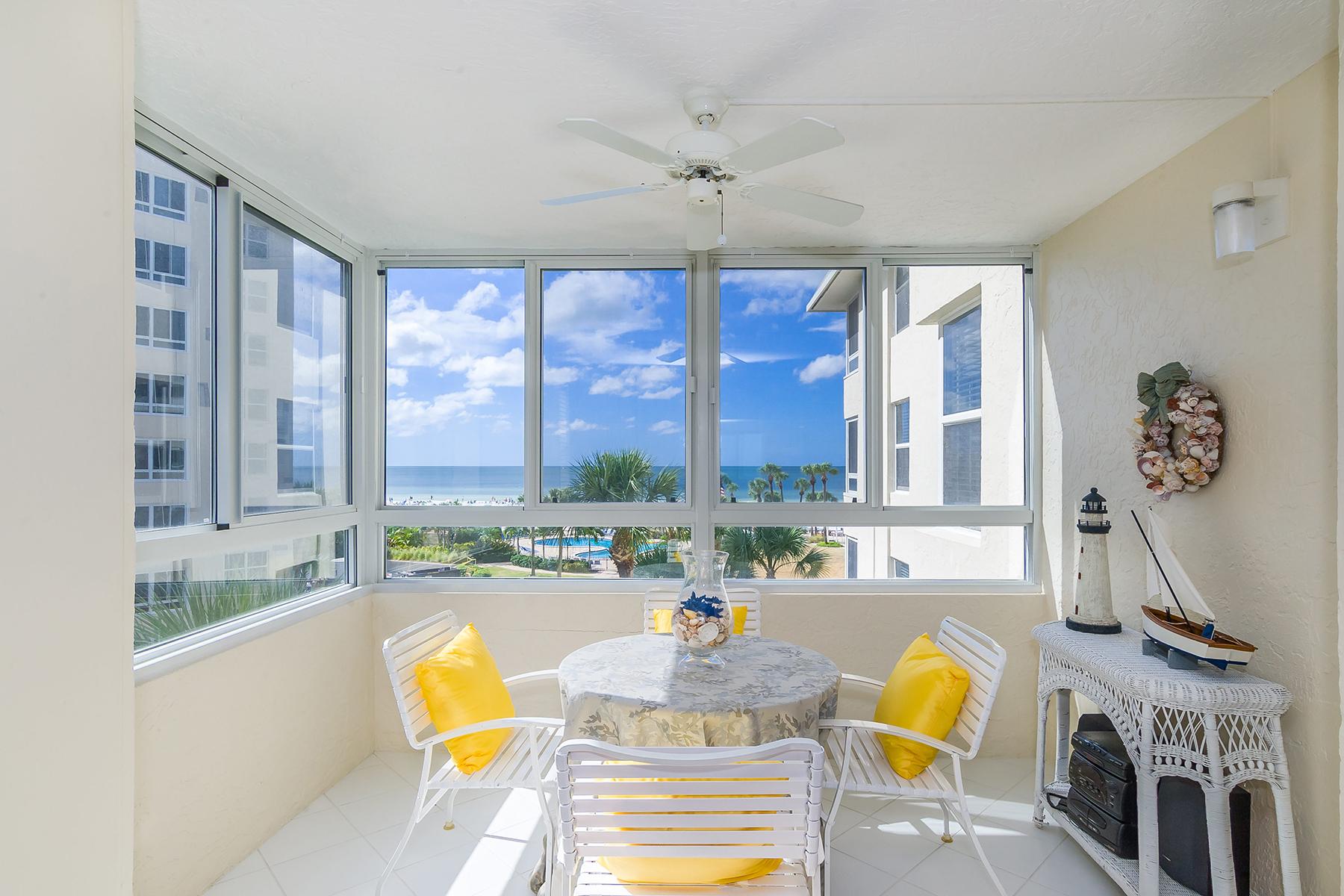 Eigentumswohnung für Verkauf beim SIESTA KEY 5916 Midnight Pass Rd 404 Sarasota, Florida 34242 Vereinigte Staaten