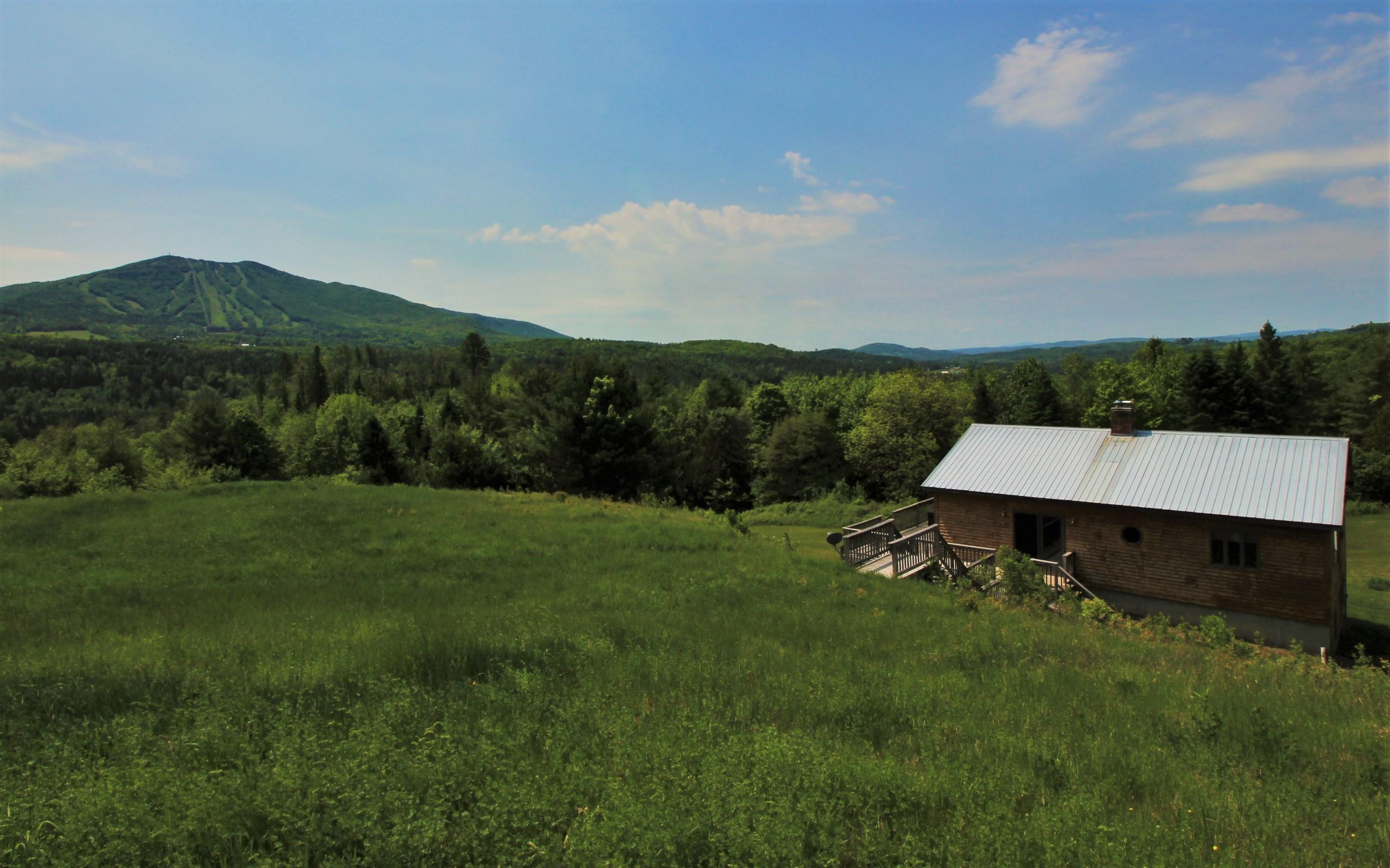 Einfamilienhaus für Verkauf beim Passumpsic River Valley Home 212 Marshall Newland Rd Burke, Vermont, 05832 Vereinigte Staaten