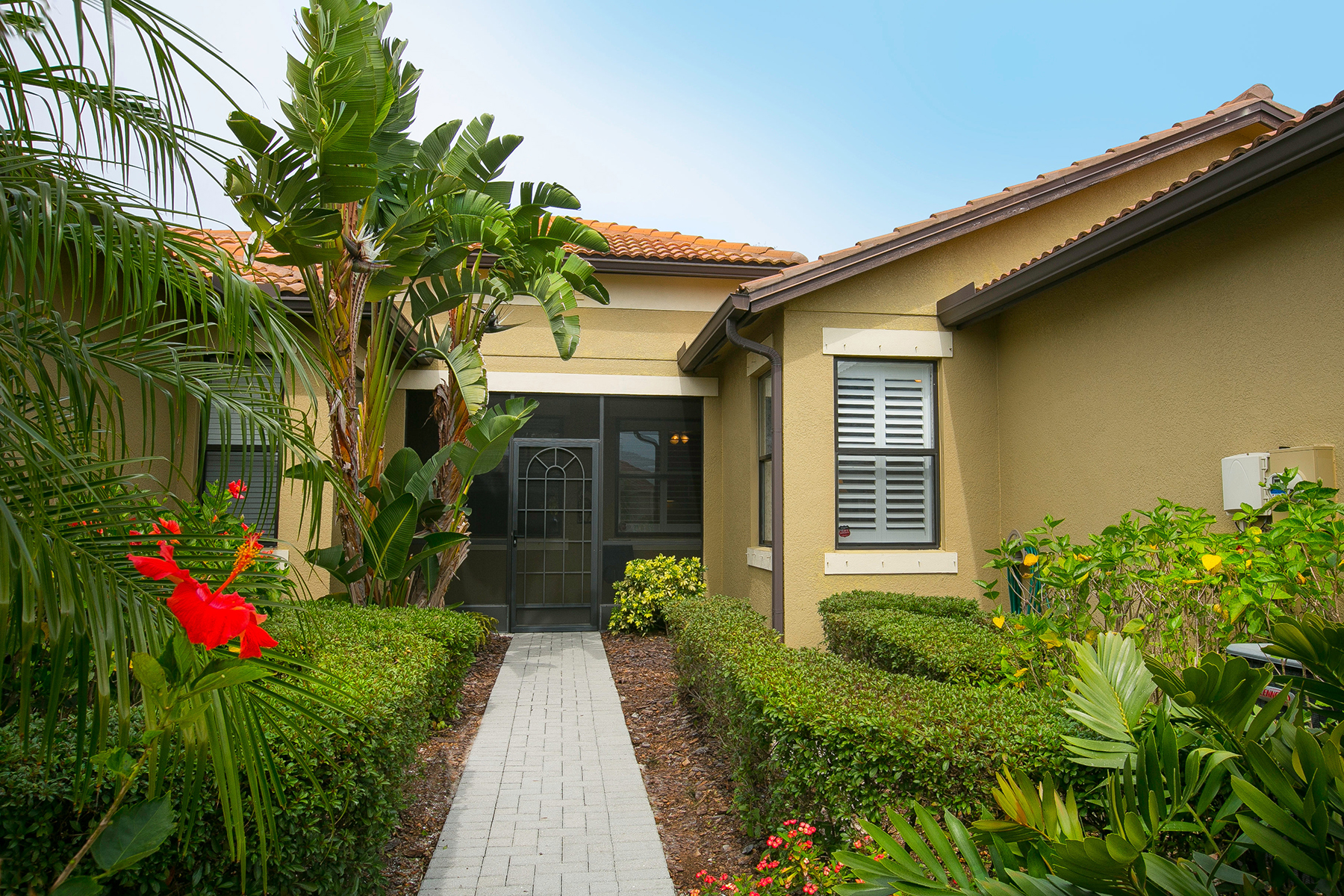 Townhouse for Sale at VENETIAN FALLS 11186 Campazzo Dr Venice, Florida, 34292 United States