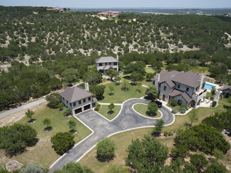 Additional photo for property listing at 25.75 Acres & Luxury Estate 206 S Angel Light Dr Spicewood, Texas 78669 United States