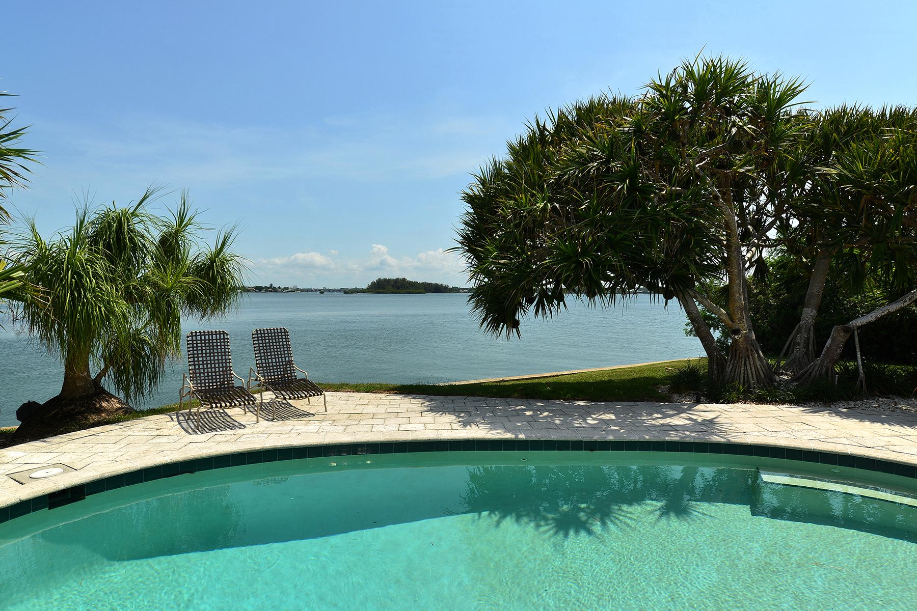 Terreno per Vendita alle ore MANGROVE POINT 842 Mangrove Point Rd 38 Sarasota, Florida 34242 Stati Uniti