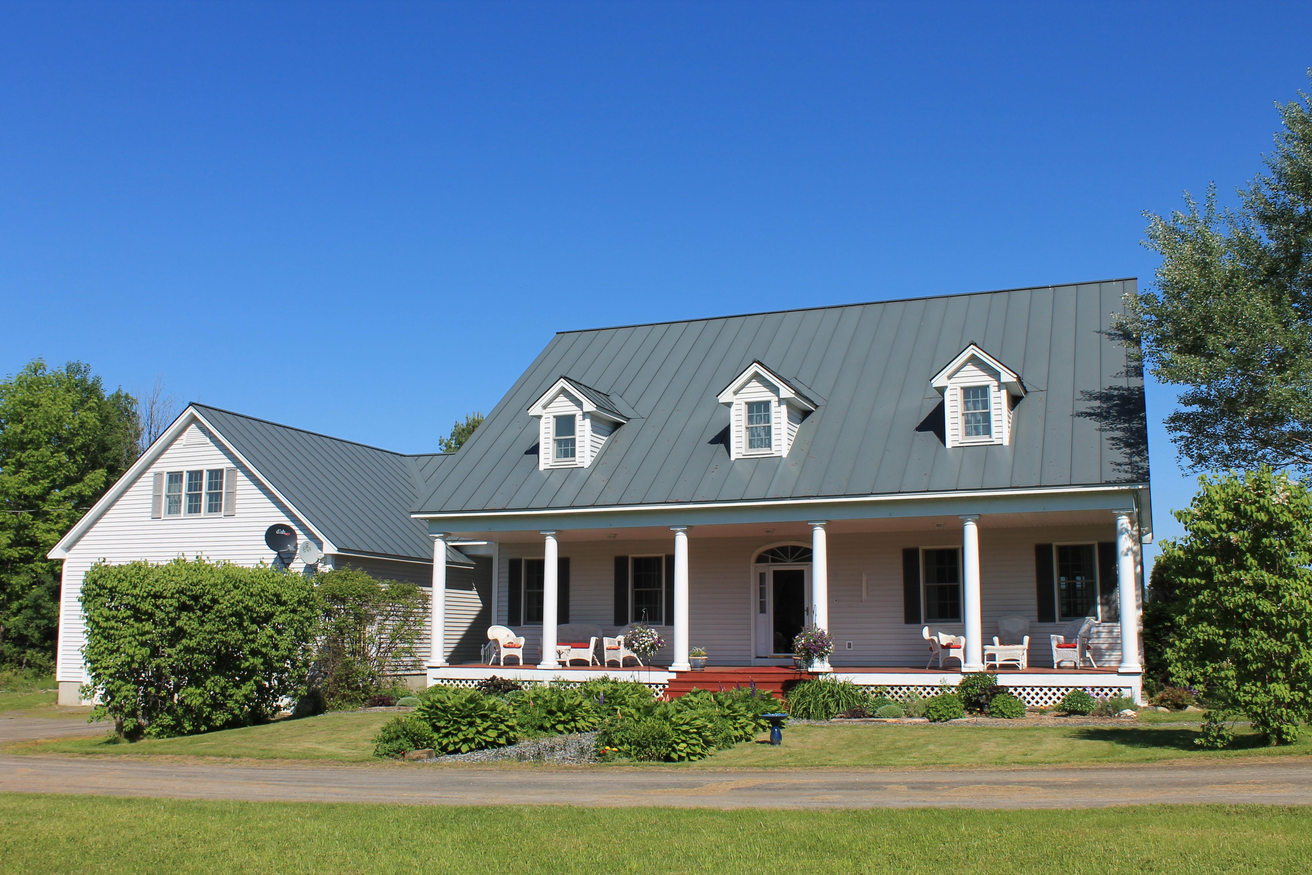 Maison unifamiliale pour l Vente à 610 Rogers Road, Randolph 610 Rogers Rd Randolph, Vermont, 05060 États-Unis