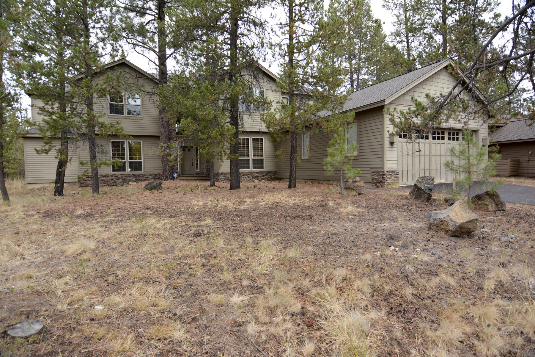 Single Family Home for Sale at 9 Nine Iron Lane, SUNRIVER 9 Nine Iron Ln Sunriver, Oregon, 97707 United States